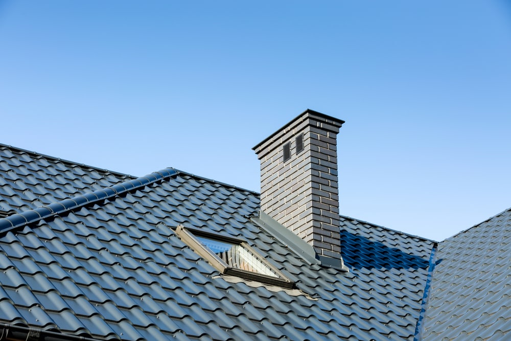 Tile Roofs vs. Shingle Roofs: The Difference
